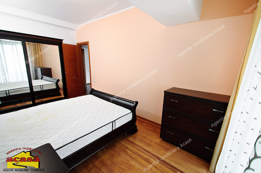 Apartament 3 camere de inchiriat pe Faleza, vedere la Dunare